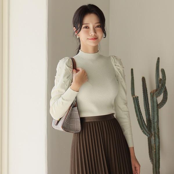 ode-[진주 트리밍 셔링슬리브 하프넥 니트]♡韓國女裝上衣